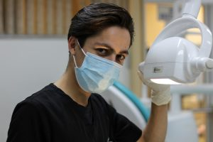 wybór dobrego stomatologa